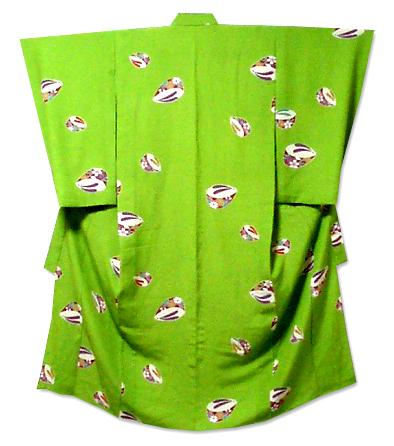 green zori kimono
