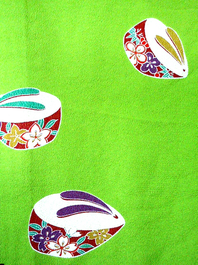 green geta kimono detail